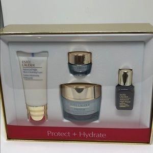 Estée Lauder Gift Set new Authentic
